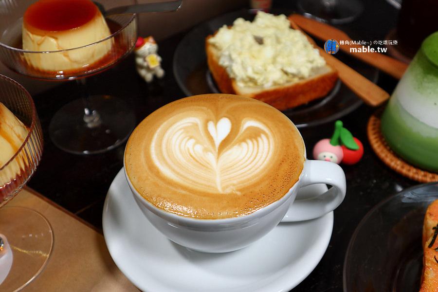 高雄日和咖啡 捷運巨蛋周邊
