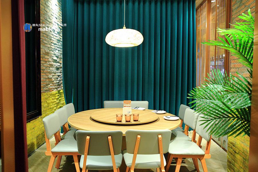 高雄饗泰多夢時代6樓泰式餐廳 包廂